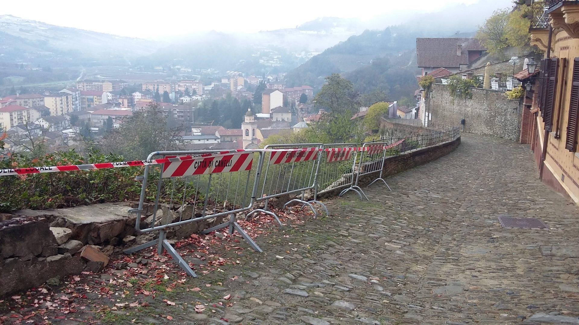 Canelli, crolla un muretto lungo la Sternia - La Nuova Provincia - Asti