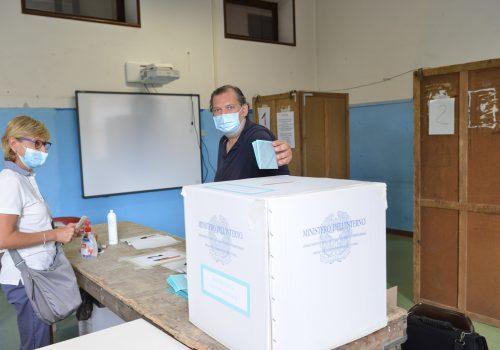 seggio elezioni referendum