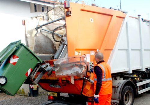 15 - rinnovo contratto gestione rifiuti