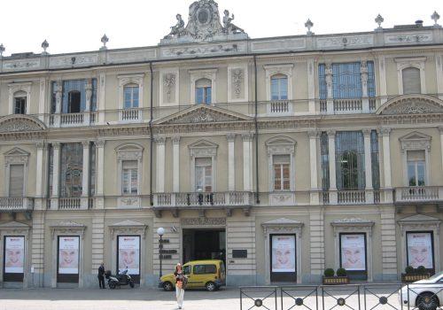 La sede della Cassa di Risparmio di Asti
