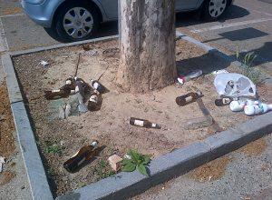Bottiglie in piazza Europa