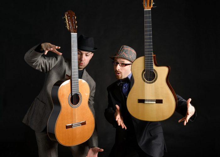Bruskers Guitars Duo