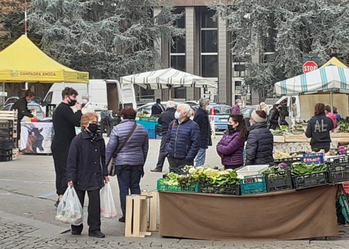 Gente al mercato