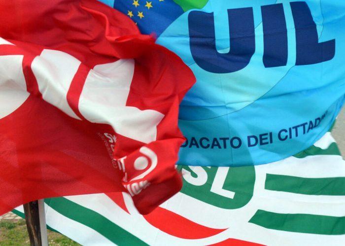 Cgil Cisl Uil bandiere