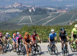 Ciclismo: parte da Asti la