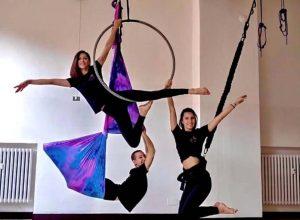 Evoluzioini aeree all'Aire Fitness Studio di via Provenzale
