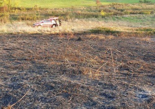 Incendio-di-sterpaglie-località-relate-2021-10-16-678x381