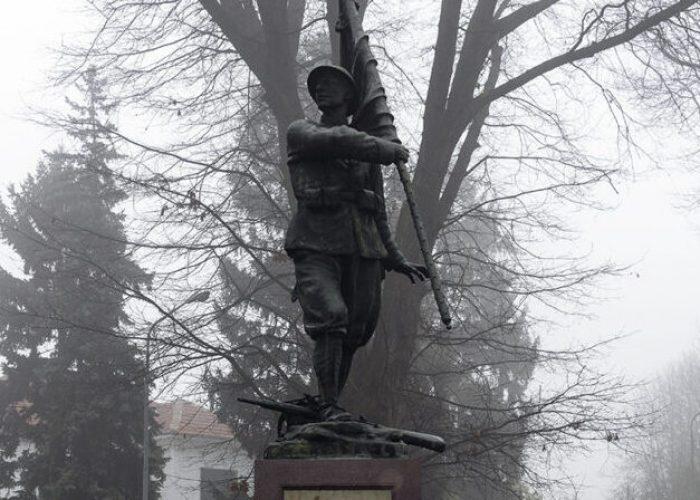 Monumento ai Caduti Villanova dAsti