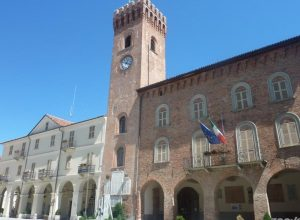 Il municipio di Nizza dove gli amministratori hanno dato il loro patrocinio ai corsi di inglese