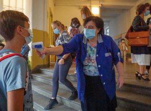 Misurazione febbre a scuola