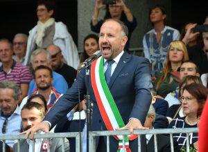 Il sindaco Maurizio Rasero dà licenza di correre il Palio