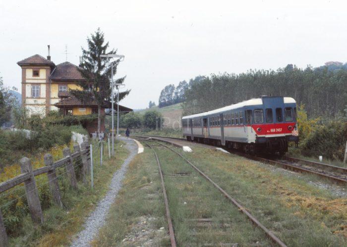 Treni sule linee astigiane
