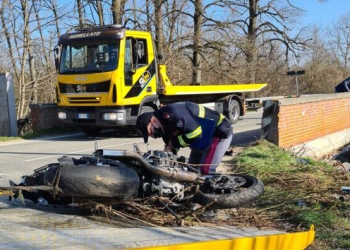 incidente stradale asti