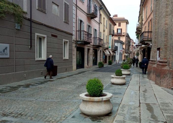I dehors in via Pio Corsi si faranno attendere ancora un po'