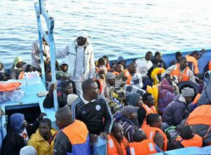 Arrivati a Villanova i 50 profughiafricani partiti dalla Sicilia