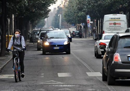 Cala lo smog, revocato stop trafficoPer due giorni autobus gratuiti