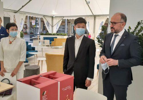 delegazione cinese douja 20215
