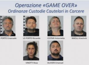 game over cartellone