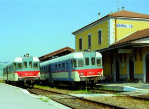 Le ferrovie, parte del paesaggioIn mostra i treni che non corrono più