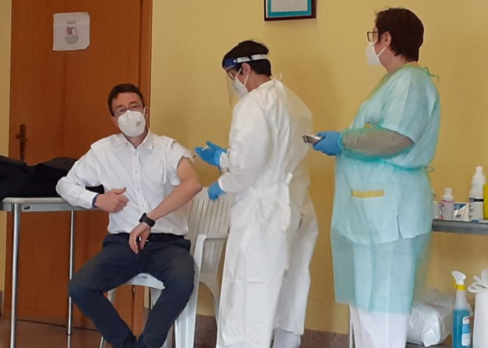 messori ioli si vaccina