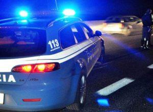 polizia-stradale-incidente-autostrada-notte-2-e1501319620933-678x381