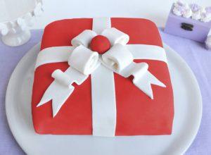torta-pacco-regalo